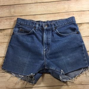 Vintage Levi orange tab shorts cutoff